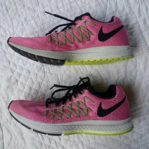 Nike Shoes - Nike Zoom Pegasus 32 Womens Running Shoes